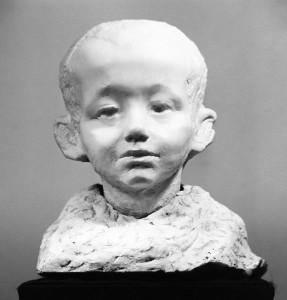 tem-expo-le28099hymne-a-la-liberte-de-la-sculptrice-goloubkina-exposee-a-moscou-2014-10-08-3