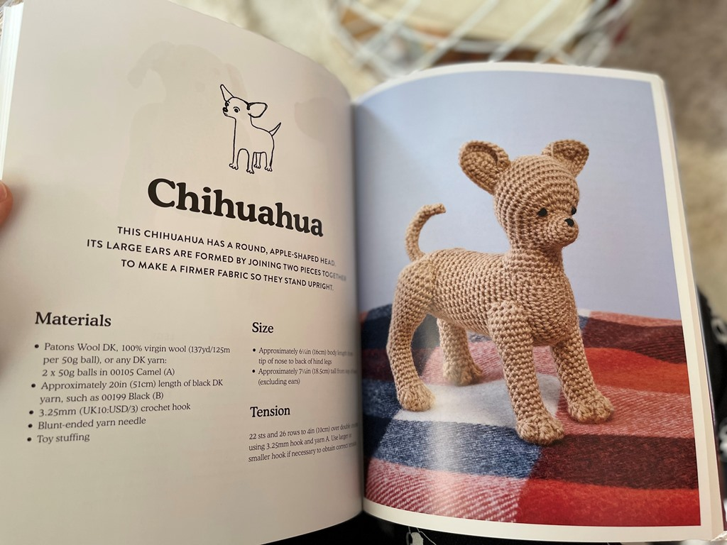 crocheted-dogs