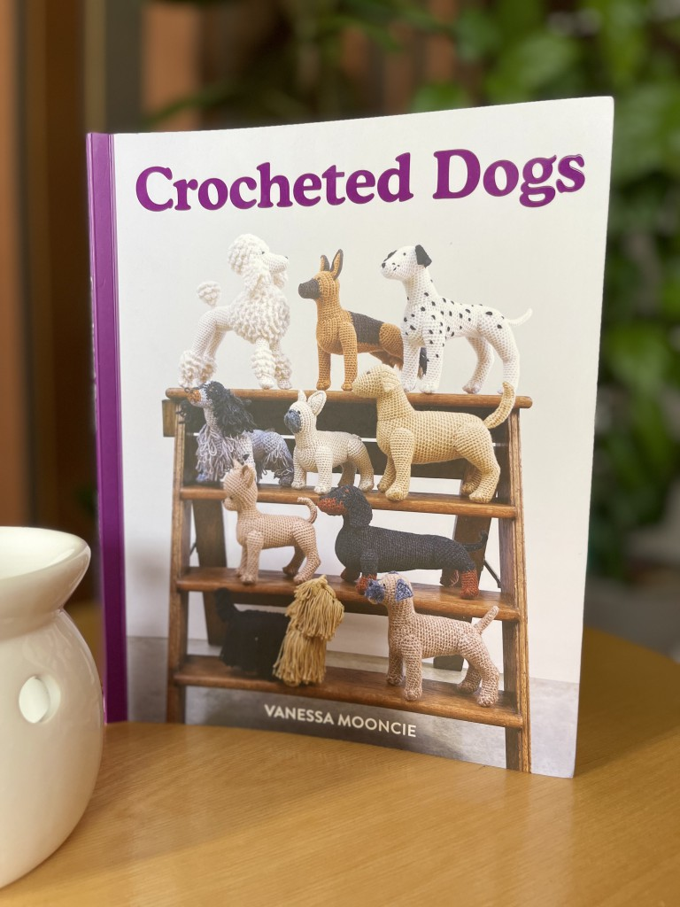 crocheted-dogs2